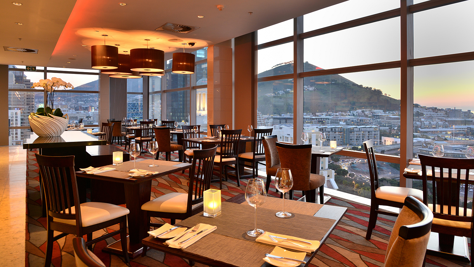 ON19 Restaurant Dining Room overlooking Signal Hill and V&A Waterfront