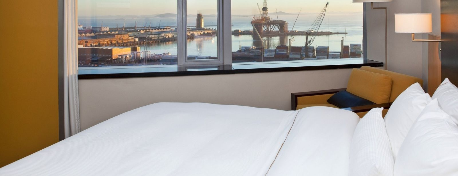 Westin Cape Town Deluxe Room with sea view of foreshore