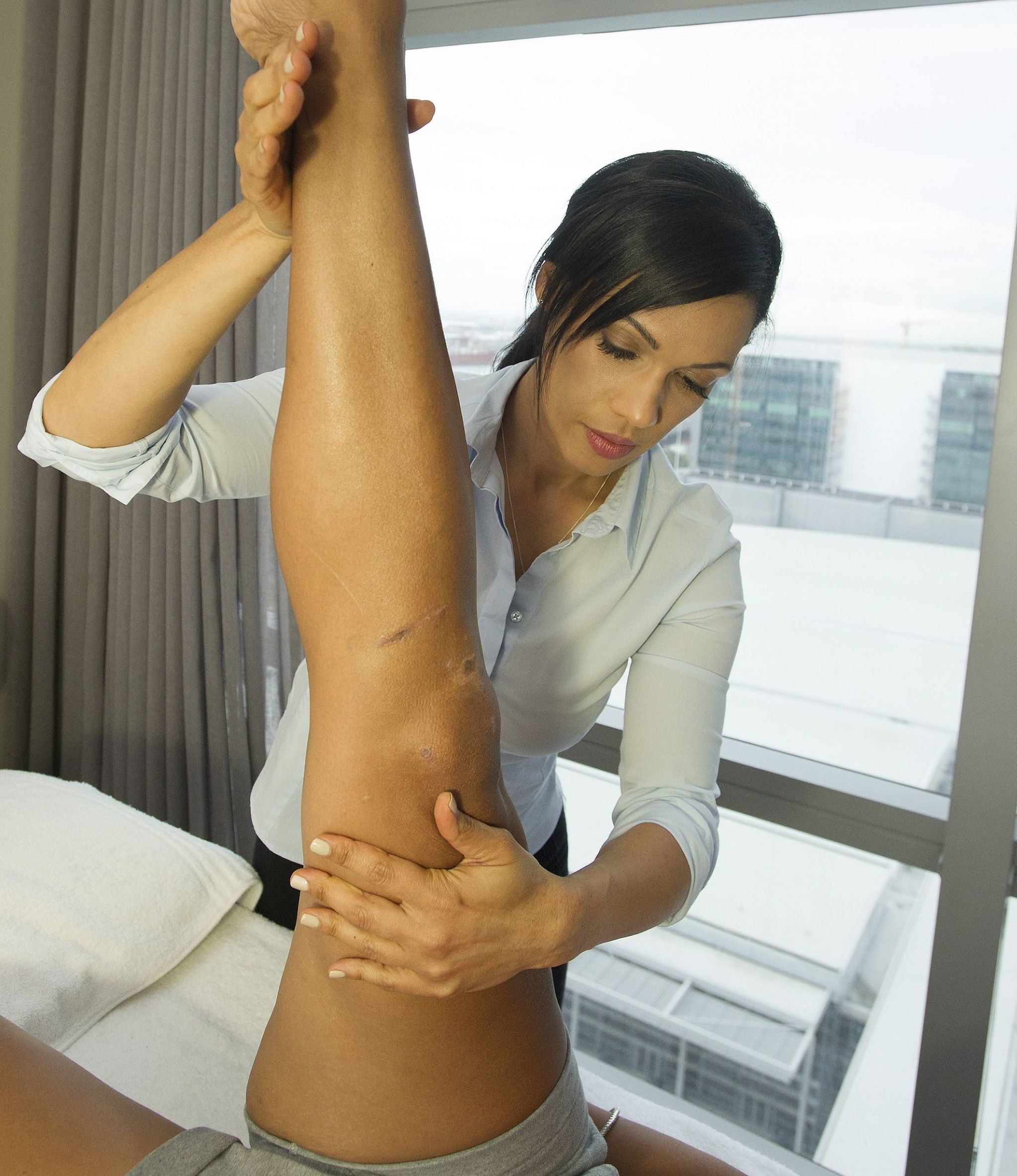 Westin Cape Town Heavenly Spa by Westin Physiotherapist at work